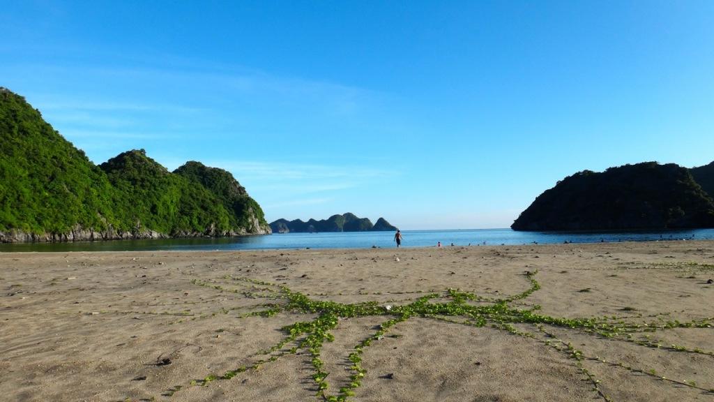 Tung Thu (Cat Co 4) Beach, Cat Ba, Haiphong, Vietnam